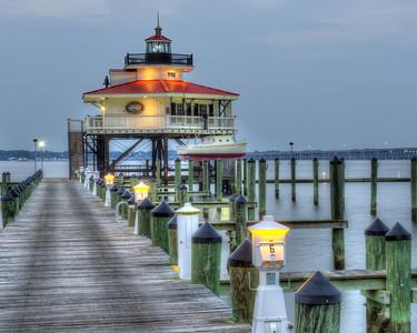 Lighthouse Sunset 8747